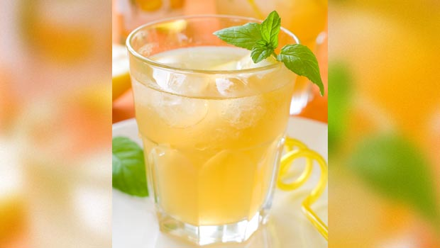 Recipe of Chilled Darjeeling First Flush with Mango & Mint