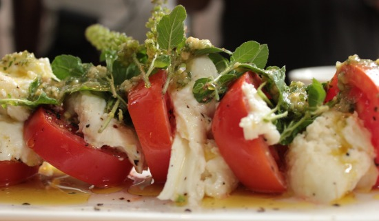 Caprese-Salad_article.jpg