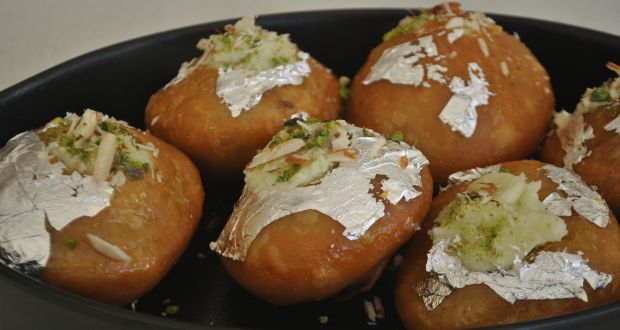 Recipe of Mawa Kachori