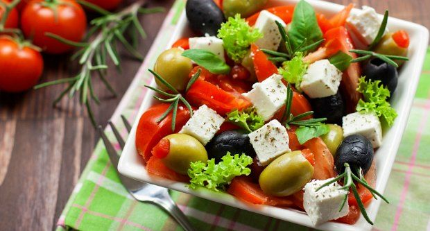 Recipe of Greek Salad with Lemon Dressing