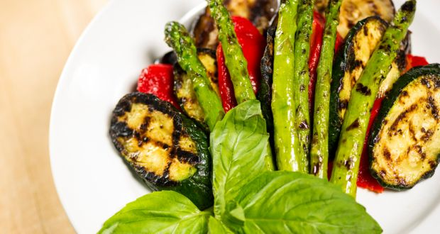 Recipe of Grilled Vegetables with Walnut Sauce