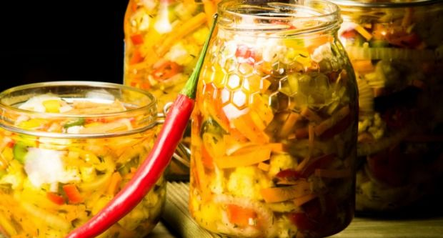 Leela Marcha nu Athaaanu (Green Chilli Pickle)