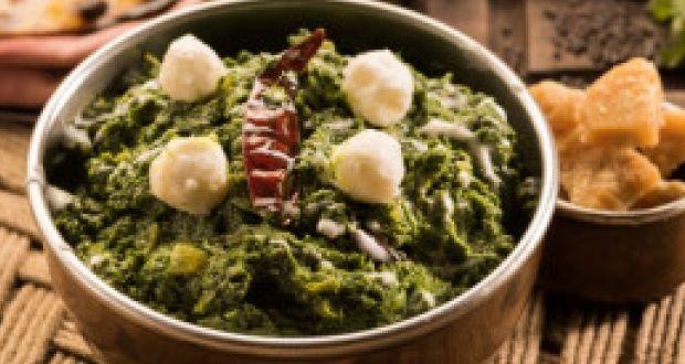 Sarson ka saag with bajre ki roti recipe by meraj ul haque team sarson ka saag with bajre ki roti forumfinder Gallery