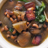 Nigel Slater's black bean and onion soup recipe