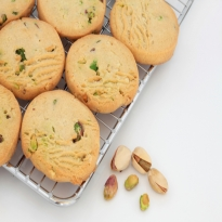 Pistachio Shortbread and Marinated Kiwi Salad