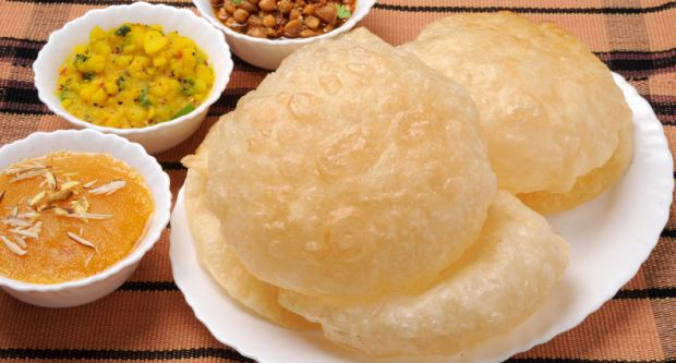 Recipe of Radha Ballavi (Stuffed Puri)