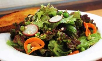 Salad_med.jpg