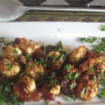 Spicy Sriracha Prawns with Basil