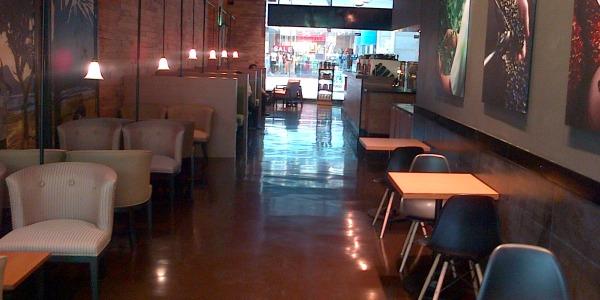 Starbucks-interior_600.jpg
