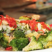 Recipe of Steamed Salmon in Asian Dressing and Broccoli with Dressing