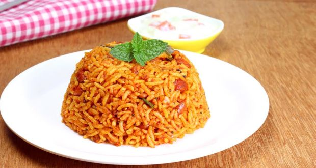 Recipe of Tomato Pulao (My Yellow Table)