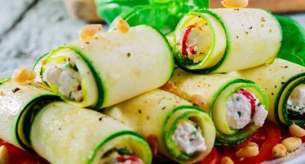 Recipe of Zucchini and Cream Cheese Rolls