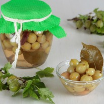 Amle ka Achaar (Gooseberry Relish)
