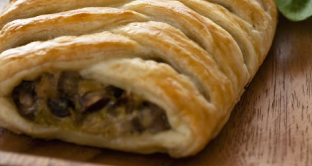 Recipe of Apple Sausage Plait
