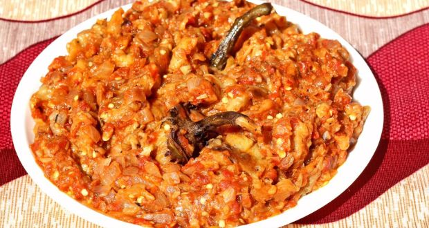 Aubergine Masala with Sweet Potato Mash