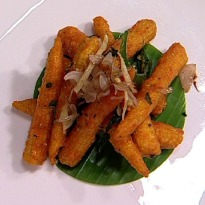 Babycorn Bezule with Peanut Chutney
