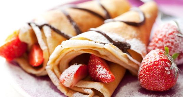 Bajra Crepe with Chocolate Sauce