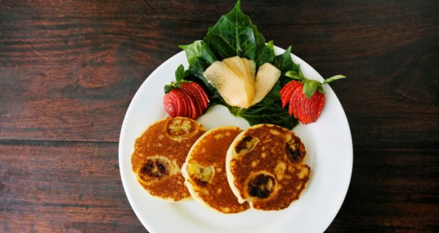 Recipe of Banana and Cranberry Pancakes