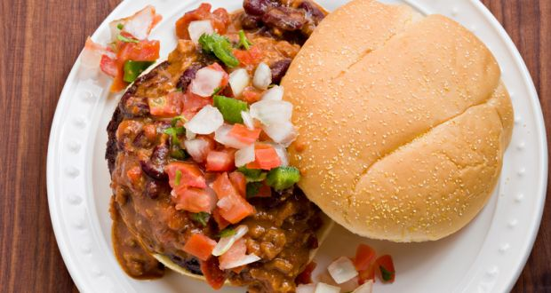 Chilli Burgers with Pepper Relish