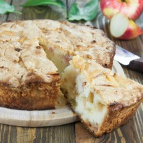 Continental Apple Cake