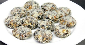 date-cookies-article_med.jpg