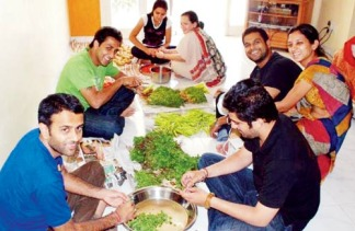 food-volunteer-seva-cafe_article.jpg