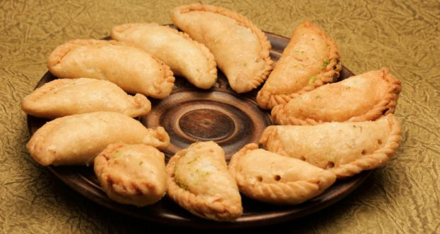 Recipe of Gujjias