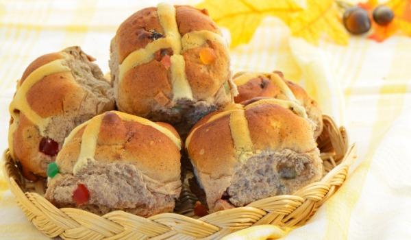 hot-cross-buns_article.jpg