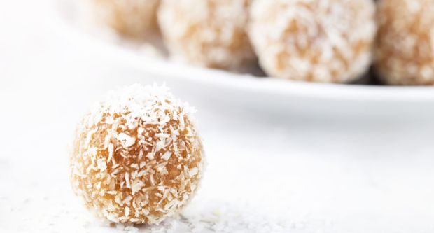 Ragi Coconut Ladoo (Laddu)