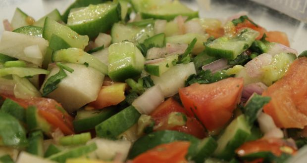 Recipe of Kachumbar Salad with Olive Bread