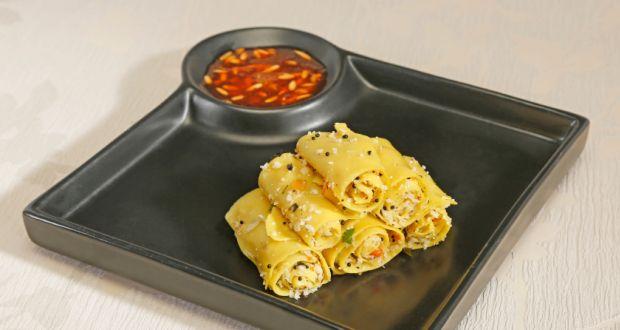 Khandvi recipe by niru gupta ndtv food khandvi forumfinder Choice Image