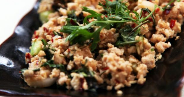Larb Gai Thai Minced Chicken Salad Recipe By Kanokwan Ndtv Food