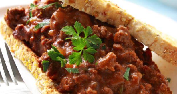 Masala Chicken on Toast Recipe by Roopa Gulati - NDTV Food