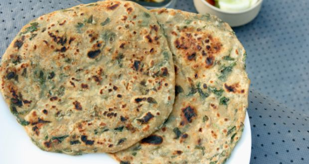 Methi Parantha (My Yellow Table)