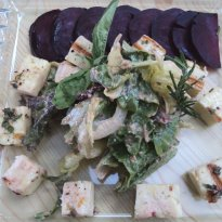 Mixed Lettuce Salad with Grilled Halloumi
