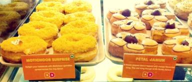 motichoor-doughnut-dd_article.jpg