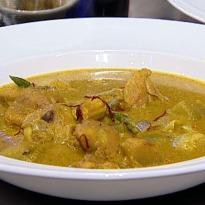 Murgh Bowli Handi with Tawa Roti or Lachcha Paratha