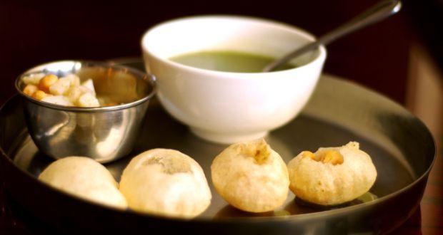Pani puri recipe how to make pani puri at home golgappa recipe paani poori forumfinder Choice Image