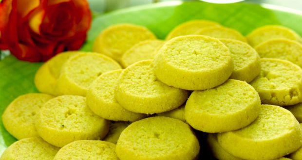 Peda recipe by niru gupta ndtv food three simple ingredients make for this popular indian sweet native to uttar pradesh forumfinder Images