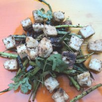 Peppered Cottage Cheese and Cluster Beans Recipe