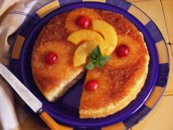 pineapple-upside-down-cake_thumb.jpg