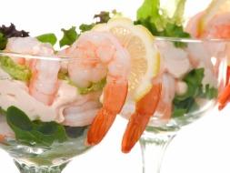 poached-prawns-tropical-fruit-salsa_thumb.jpg