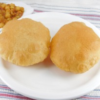 Recipe of Poori (Puri)