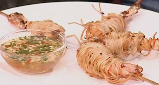 Prawns Wrapped in Noodles