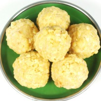 Rava Ladoo with Khoya