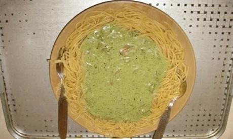 sad-food---spaghetti-and--001.jpg