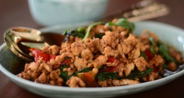 Kai  Kraphao or Stir Fried Chicken With Basil
