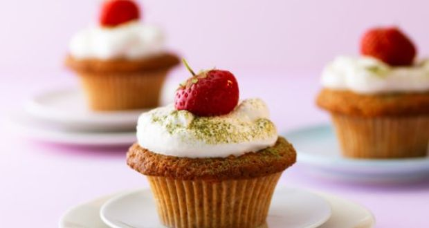 Recipe of Strawberry Amaranth Cupcakes