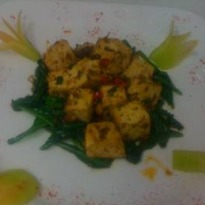Tofu with Spinach in Black Pepper Sauce
