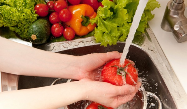 simple-tricks-to-remove-pesticides-from-fruits-and-vegetables-1